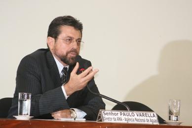 Varella ressalta importância dos brasileiros na gestão da água