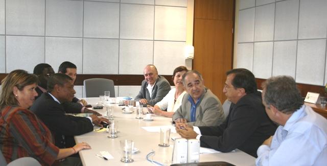 Vicente Andreu, recepcionou o secretário angolano que demonstrou interesse em firmar um acordo de cooperação com a Agência